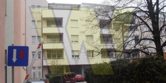 Zagreb Trosobni stan na 1.katu