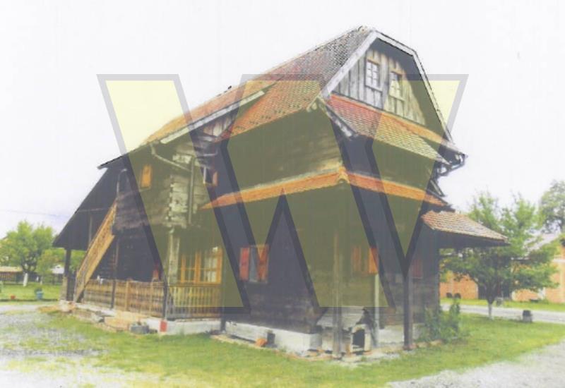 Donji Kukuruzari Kuća, poljoprivredno i gospodarsko zemljište