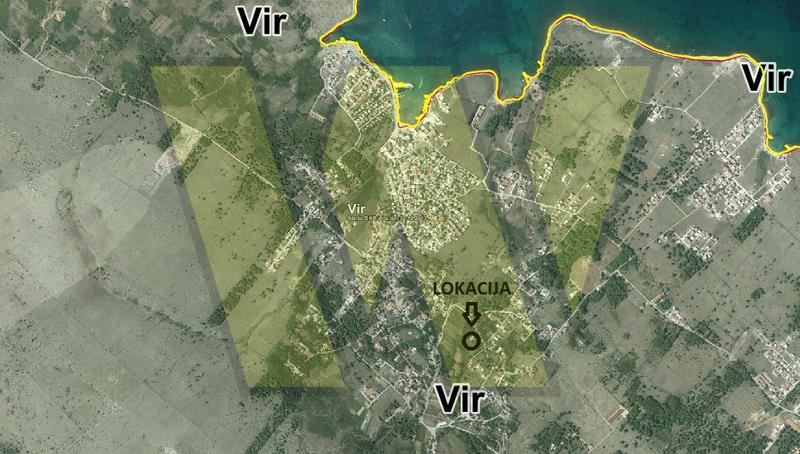 Kuća, dvorište i više zemljišta na Viru