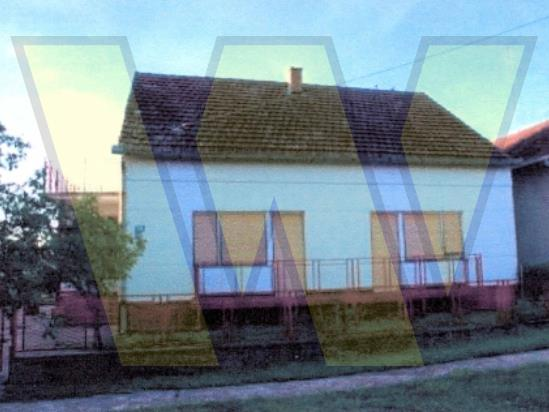 Čokadinci Kuća, dvorište i oranica