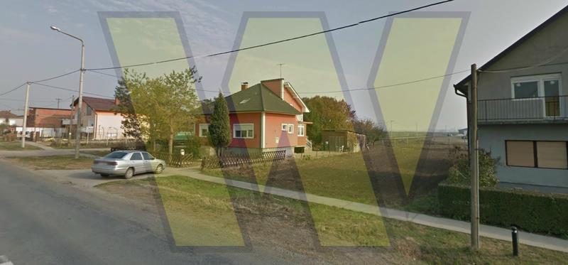 Borovo kuća
