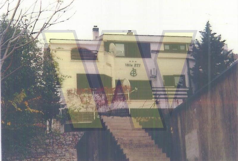 Klenovica stambena vila