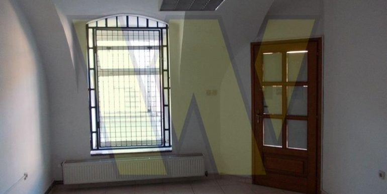 snizeno-poslovni-prostor-varazdin-uredski-78-m2-slika-63671983[1]