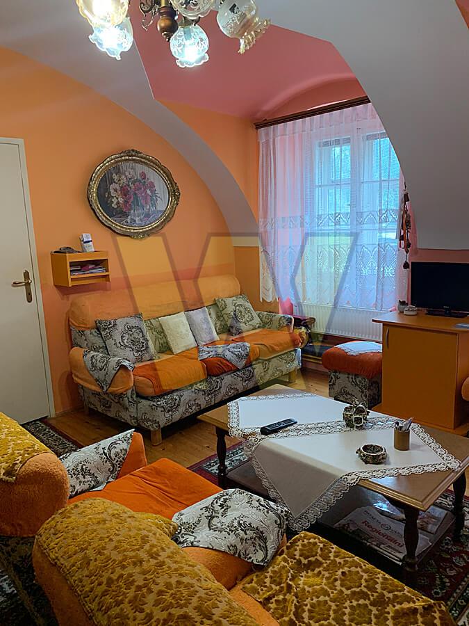 Varaždin, barokna jezgra trosobni stan 81 m2+ garaža i spremište